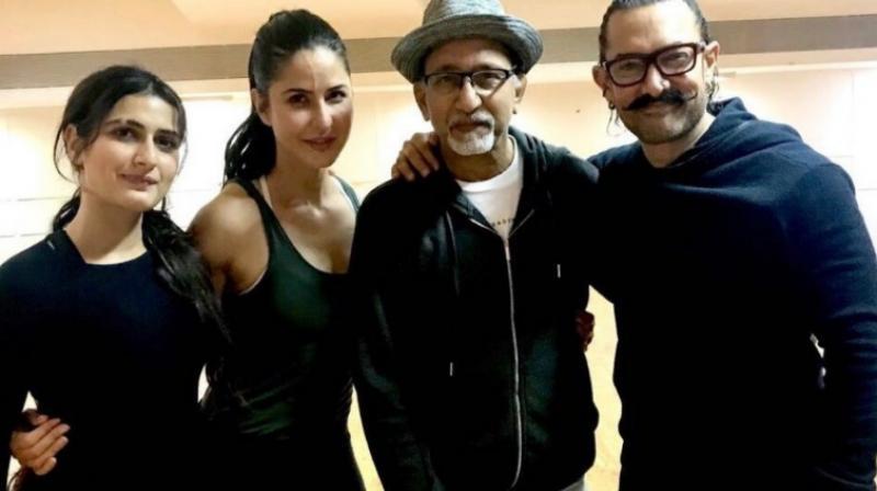 Fatima Sana Shaikh, Katrina Kaif, Vijay Krishna Acharya and Aamir Khan pose for the camera.