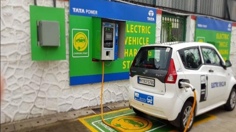 Govt mulls installing EV charging kiosks at around 69,000 petrol pumps in country. (Photo- Twitter/@AutoCarrpo)