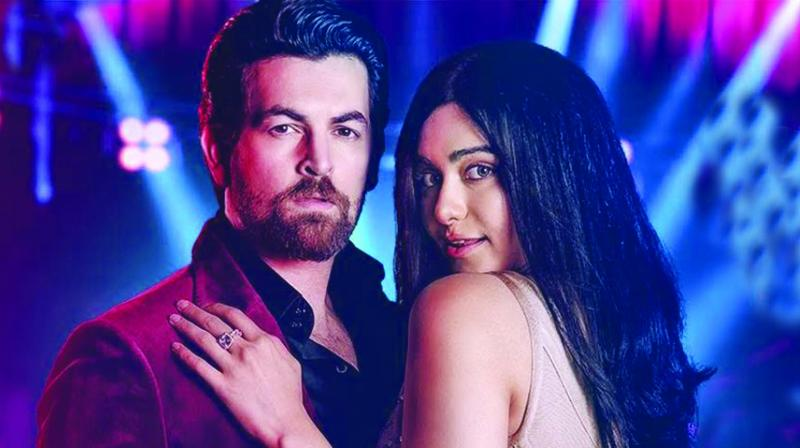 The charming Neil Nitin is obviously desperate to let us know that he is far better suited to play solo leads and not just play second fiddle to bigger stars.