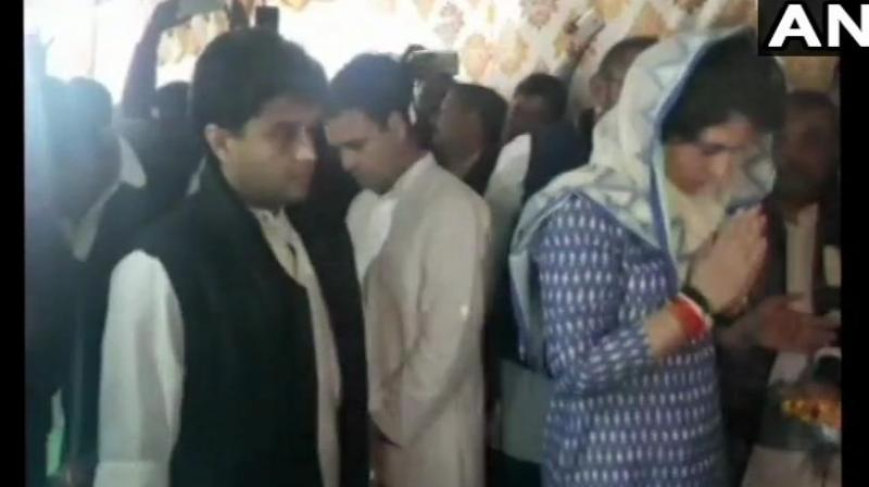 Congress leaders paid their respects to the martyrs and met their family members. (Photo: ANI/ Twitter)