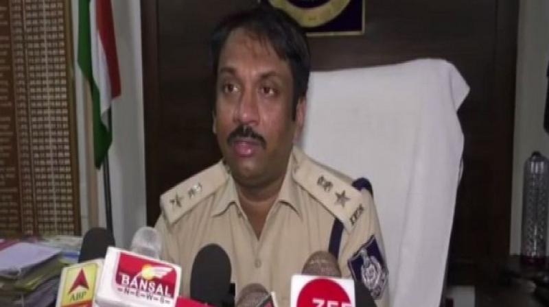 Superintendent of Police (SP) Riyaz Iqbal said that police was trying to ascertain the reason behind the aerial firing and the ongoing clashes between the two groups in the college. (Photo: ANI)