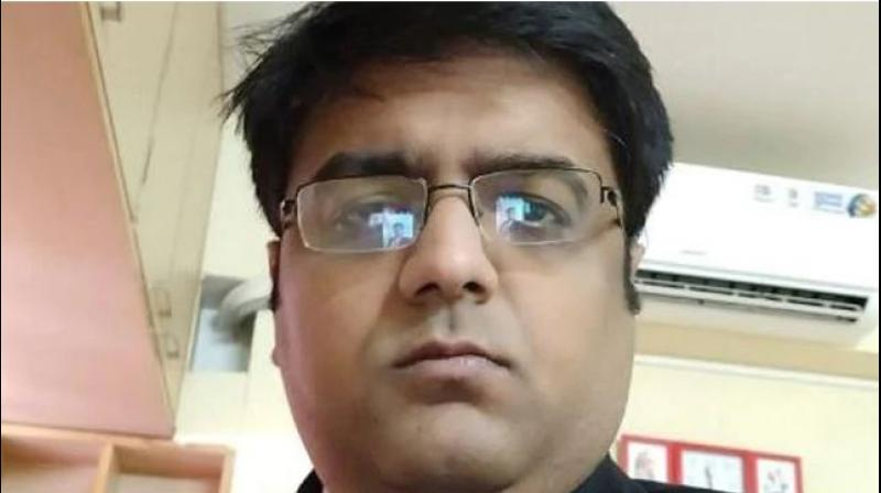 According to the police complaint, Ashwani Jhunjhunwala had used his three subordinates Gaurav Mishra, Abhishek Yadav and Sujith Appaiah to swindle money. He had allegedly logged on to their office systems on the pretext of training them. (Photo: LinkedIn | @ashwani-jhunjhunwala)