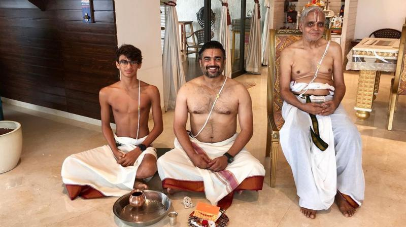 R Madhavan with his father and son. (Photo: Instagram)