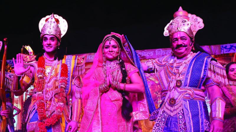 Union minister of science and technology Dr Harsh Vardhan arrives at Luv and Kush Ramleela in New Delhi.