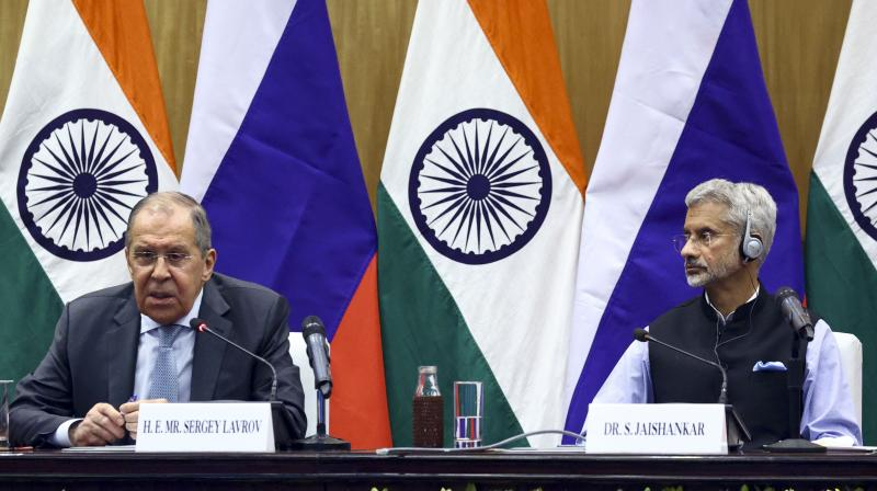 Russian Foreign Minister Sergey Lavrov, left, and Indian Foreign Minister Subrahmanyam Jaishankar attend a joint news conference following their talks in New Delhi. (Photo: AP)