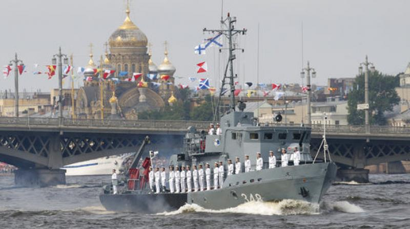 Some 50 warships and submarines were on show along the Neva River and in the Gulf of Finland off the country's second city of Saint Petersburg after Putin ordered the navy to hold its first ever parade on such a grand scale. (Photo: AP)