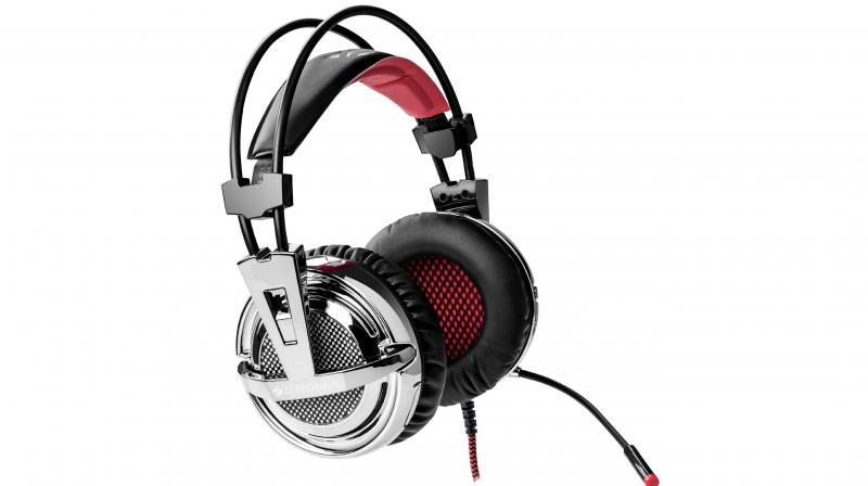 The headphones also sport LED lights to help match the gamer's profile and make it look jazzy.