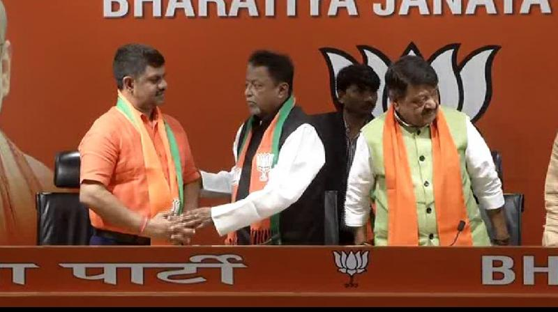 Mukul Roy also claimed that a lot of people including MP, MLA and organisation leaders are in touch with him to join the party. (Photo: ANI)