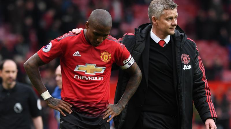 Four losses in their last six league games left United hoping for their rivals to lose points but Chelsea sealed their place in the top four this weekend. (Photo: AFP)