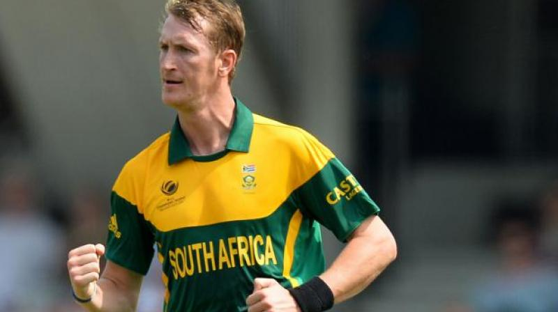 Cricket South Africa (CSA) acting director Corrie van Zyl on Wednesday said all-rounder Chris Morris wants to play for the country despite making himself unavailable for the India tour. (Photo:AFP)