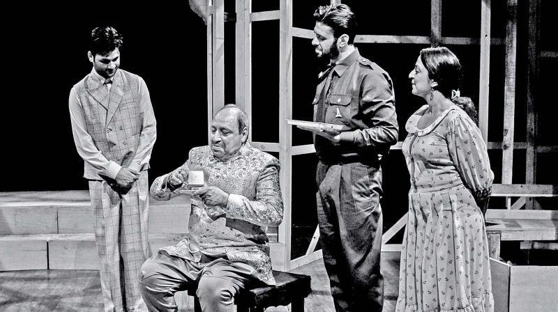 The play Dewaar.