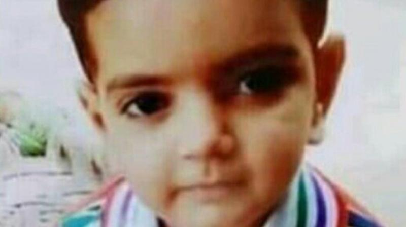 On May 30, the two-year-old girl from outside her home was kidnapped by a man and his accomplice Zahid over a loan dispute with the girl's grandfather. (Photo: Twitter)