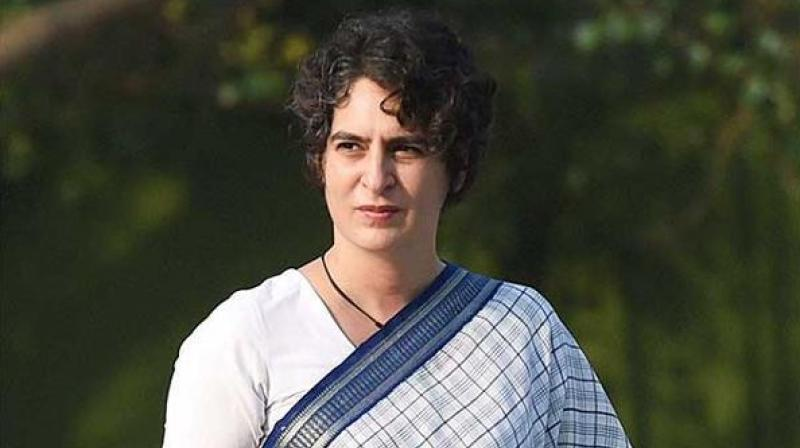 Priyanka Gandhi was accorded a warm welcome by party leaders and workers on reaching Varanasi.(Photo: PTI)