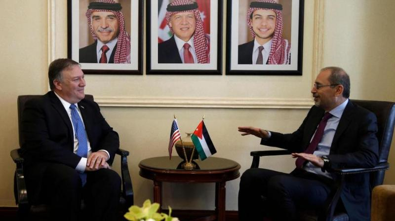 US Secretary of State Mike Pompeo (L), meets with Jordanian Foreign Minister Ayman Safadi in Amman, Jordan, April 30, 2018. (Photo: AP)
