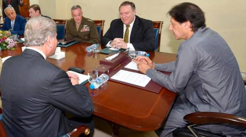 Pompeo held meetings with Khan, Pakistan's foreign minister Shah Mahmood Qureshi and the powerful Army Chief Gen. Qamar Javed Bajwa. (Photo: AP)