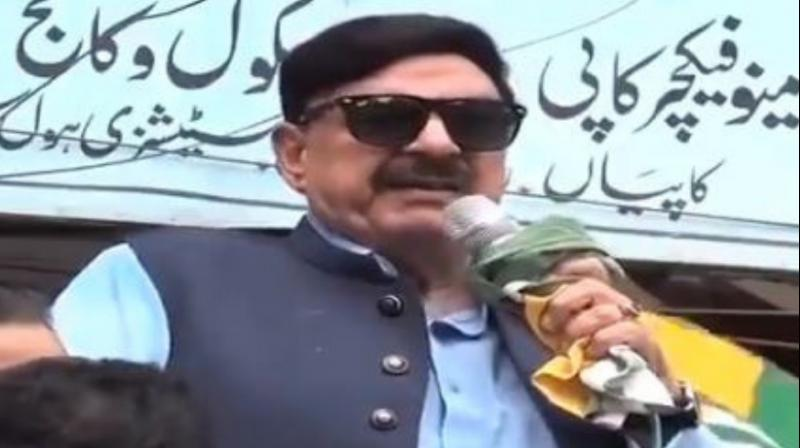 Pakistan Railway Minister Sheikh Rashid Ahmed on Friday got an electric shock while criticising Prime Minister Narendra Modi at an Islamabad rally, organised against India's move to end special status to Jammu and Kashmir. (Photo: Twitter/ video screengrab)