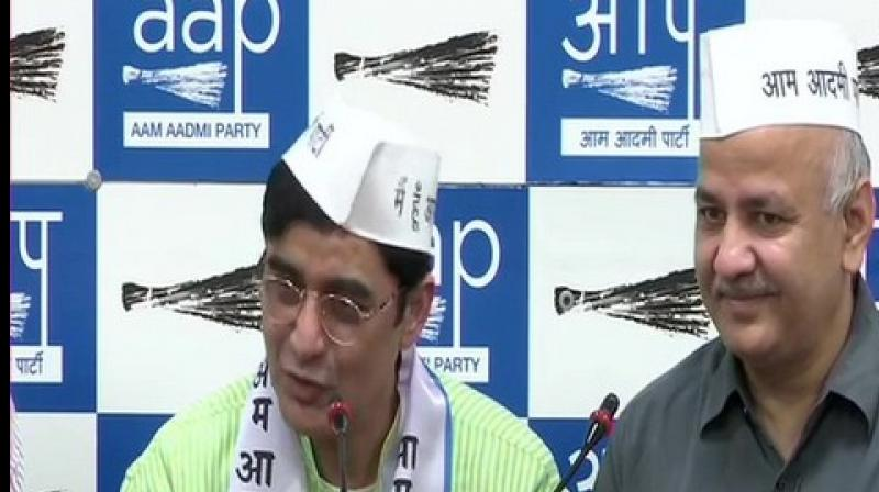 Former Jharkhand Congress chief Ajoy Kumar joined the Aam Aadmi Party (AAP) on Thursday in the presence of Delhi Deputy Chief Minister Manish Sisodia. Sisodia said the AAP is playing different roles in different parts of the country and Kumar would join
