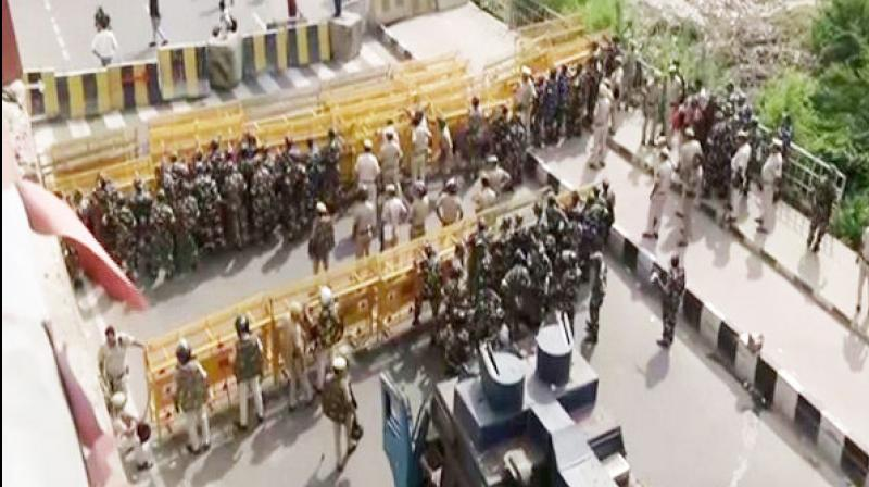 Security has been beefed up with barricades put across the roads to stop protesting farmers from reaching national capital from the adjoining Uttar Pradesh on Saturday at East Delhi's Ghazipur border. (Photo: File)