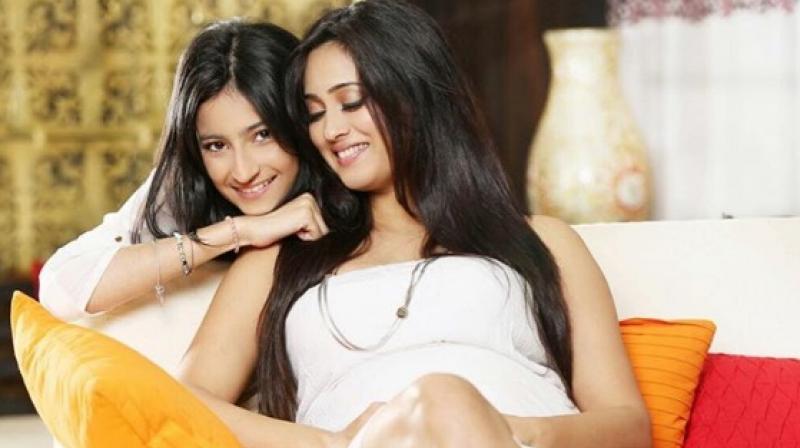 Palak Tiwari with her actress mother Shweta Tiwari (Pic courtesy: Instagram/ palaktiwarii).