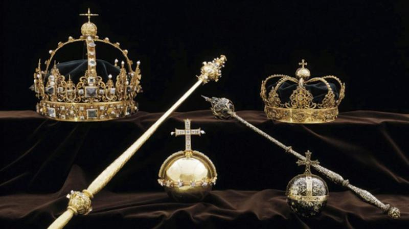 Thieves in Sweden walked into a small town's medieval cathedral in broad daylight and stole priceless crown jewels dating back to the early 1600s before escaping by speedboat, police said Wednesday. (Photo: AP)