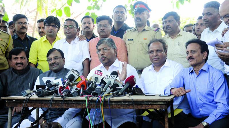 BJP leaders hold a presser. (Photo: Rajesh Jadhav)