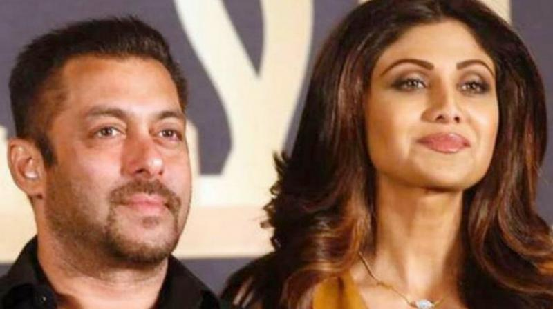 Salman Khan and Shilpa Shetty Kundra at IIFA Awards.