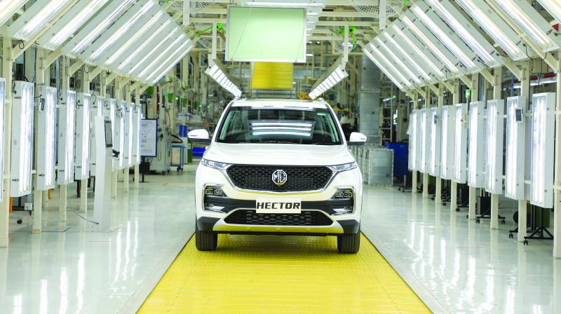 In fact, the new Hector SUV will mark the global entry of the MG brand that has been revived by the Chinese heavyweight SAIC targeting the Indian market.