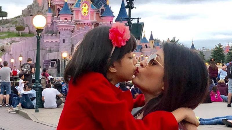 Aishwarya Rai Bachchan with daughter Aaradhya.