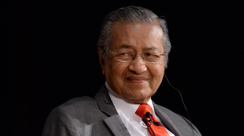 India's top vegetable oil trade body on Monday asked its members to stop buying Malaysian palm oil after Mahathir said at the UN General Assembly last month that India had 'invaded and occupied' Kashmir. (Photo: File)