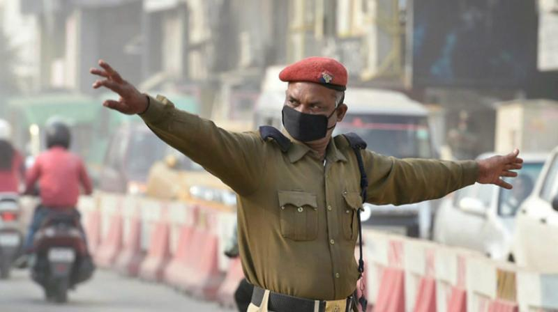 Post imposition of the Act, from September 1, hefty challans for traffic rules violations by the police has hit the headlines. (Photo: PTI | Representational Image)