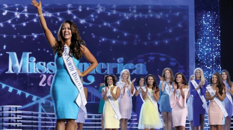 Cara Mund at the 2018 Miss America Competition.