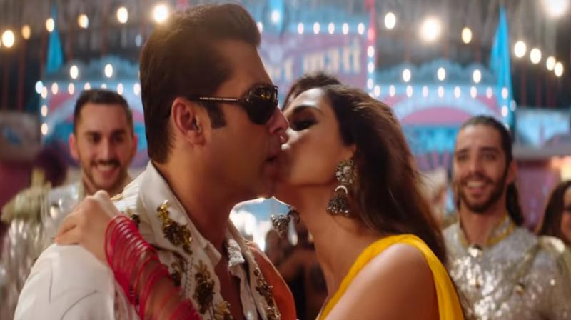 A screengrab from Bharat trailer. (Courtesy: YouTube/T-Series)