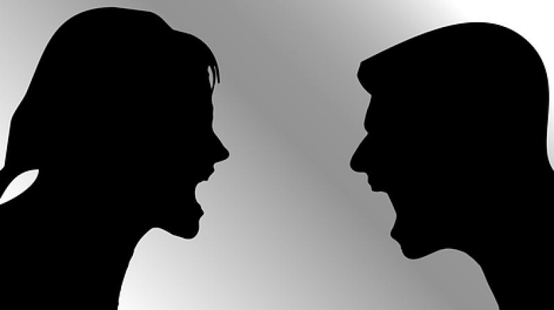 The woman began tweeting by saying the couple were arguing about money. (Photo: Pixabay)