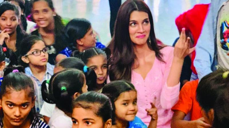 Kriti Sanon with kids at an orphanage