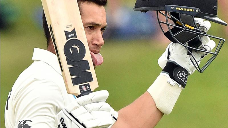 New Zealand middle-order batsman Ross Taylor on Tuesday suffered a blow to his right-thumb and as a result, has caused the team to sweat over his availability ahead of the first Test against Australia.  (Photo:AFP)