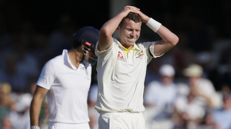 Peter Siddle could be in for a surprise recall for the Boxing Day test against New Zealand as Australia considers deploying a five-pronged attack on what is expected to be a benign Melbourne Cricket Ground (MCG) pitch. (Photo:AP)