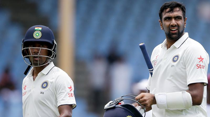 Ravichandran Ashwin and Wriddhiman Saha steadied the rocking boat with an unfinished stand of 50 in 105 balls in the first session on day four. (Photo: AP)
