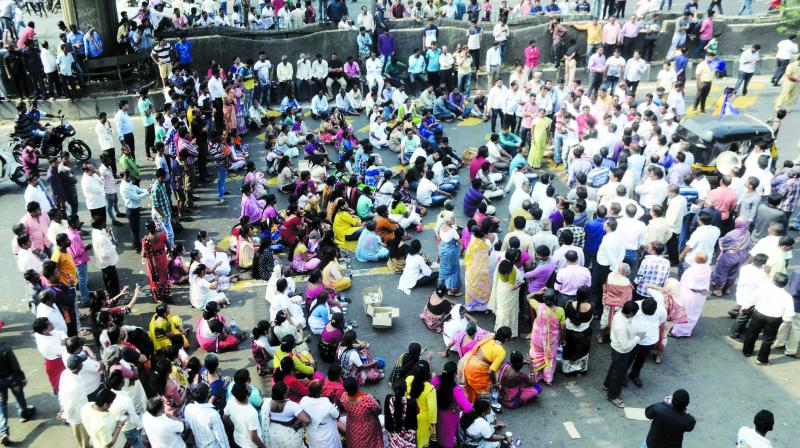 According to official, in Kolhapur, the protesters on Wednesday attacked 13 buses of the civic corporation and police have suspended Internet services till Thursday midnight as a precautionary measure. (Photo: Rajesh Jadhav)