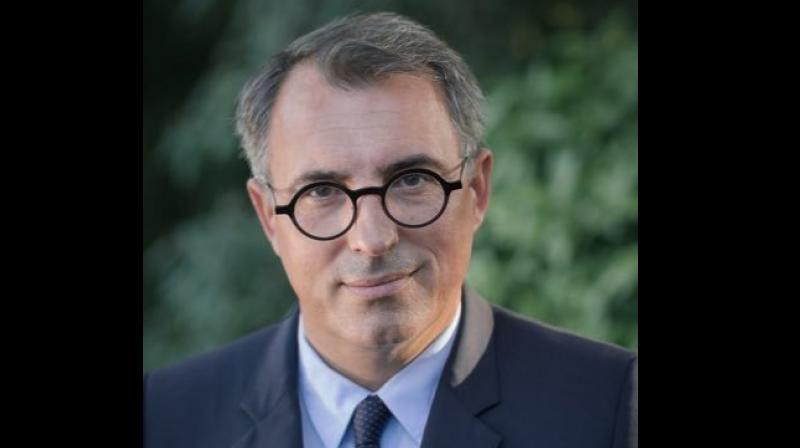 50 Year Old Mayor From France Quits Over Nude Photos Sent To Woman