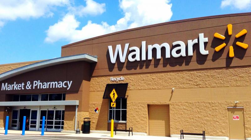 Walmart has more than 3,000 locations for grocery pickup and 1,600 locations that offer grocery delivery in the US (Photo | Flickr - Mike Mozart)