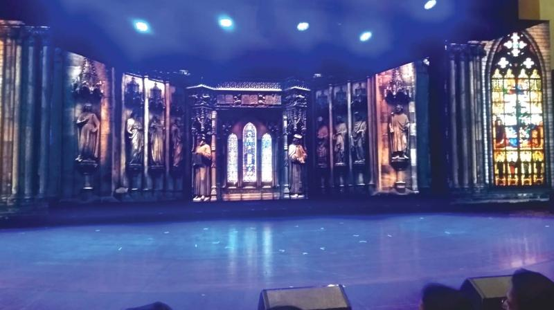 In principle, the LED screen has replaced the old backdrop curtains. Traditionally, a show's production value used to be measured by the number of changing backdrops it had. Ten years ago, Fali Unwala's set for The Graduate received rave reviews because of its numerous backdrops.