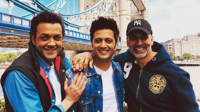 Bobby Deol, Riteish Deshmukh and Akshay Kumar on 'Housefull 4' sets.