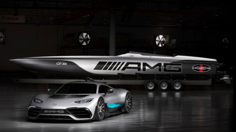 Housing a 3100hp racing engine in a hull made out of carbon fibre and Kevlar allows this 'superboat' to do 225kph on water, which is an outrageous speed on water. (Photo: Mercedes Benz)