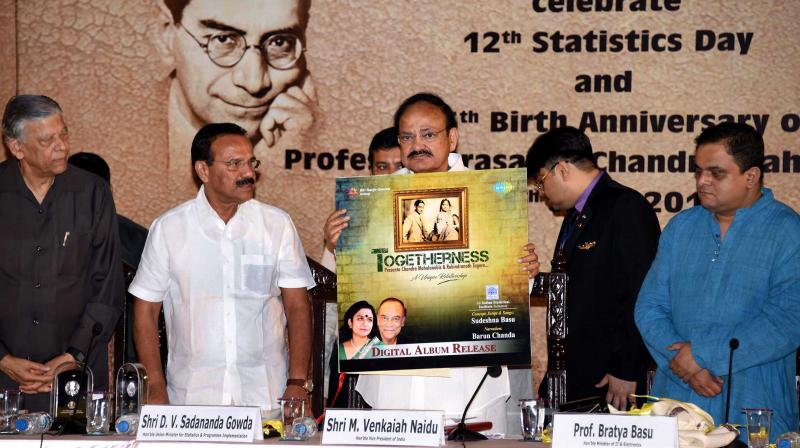 Vice-president M. Venkaiah Naidu (centre) with Union minister for statistics & program implemrentation D.V. Sadananda Gowda (2nd from left), state minister Bratya Basu and others during the closing ceremony of 125th birth anniversary of Prasanta Chandra Mahalanobis at Indian Statistical Institute in Kolkata on Friday. (Photo:Abhijit Mukherjee)