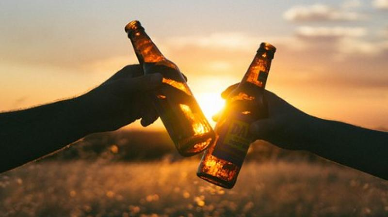 Study provides further insight into the complex relationship between alcohol consumption, cancer incidence, and disease mortality. (Photo: Pixabay)