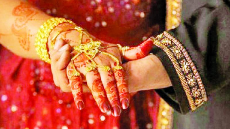 The court also asked the state to list the steps it has taken to attend to complaints against the matrimonial websites that provide dowry settlement options.