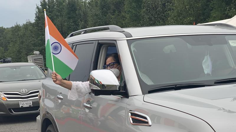 People and their wheels lined up bumper to bumper to see a display of floats that gave the Indian diaspora the true essence of India packed with a punch of nostalgia. (ANI)
