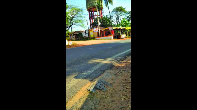 The idol was fixed on the road, according to information furnished by Dr Shivakant Bajpai, superintending archaeologist of ASI Bangalore circle.