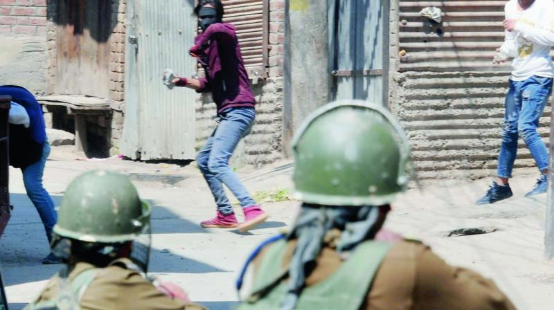 """The police sources said that the Army jawans opened """"aerial fire"""" when some """"miscreants"""" hurled stones at them in Shopian's Dreed Kalipora village. (Representational image)"""