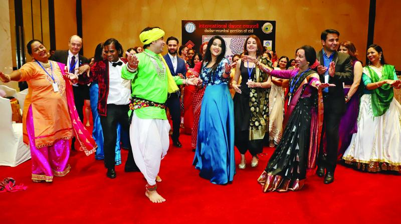 This was the second time that the Mumbai section of the International Dance Council (CID) was organising its world famous Congress in India.